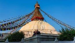 Why is Nepal still a viable tourist destination, despite the earthquakes