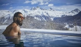 Ranveer Singh is making snow caps melt in Switzerland! VIEW PICS!
