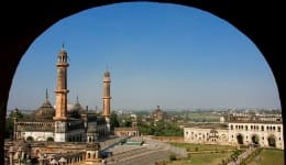 How to reach Lucknow…