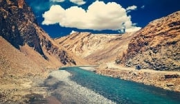 Ladakh road trip itinerary 2017: Places to visit in Ladakh on your Manali-Leh-Srinagar bike ride