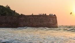 Forts in Goa: Aguada Fort in Sinquerium