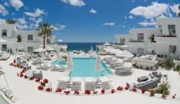 Valentine's Day 2017: 10 most romantic hotels in the world you can stay in with your special someone!