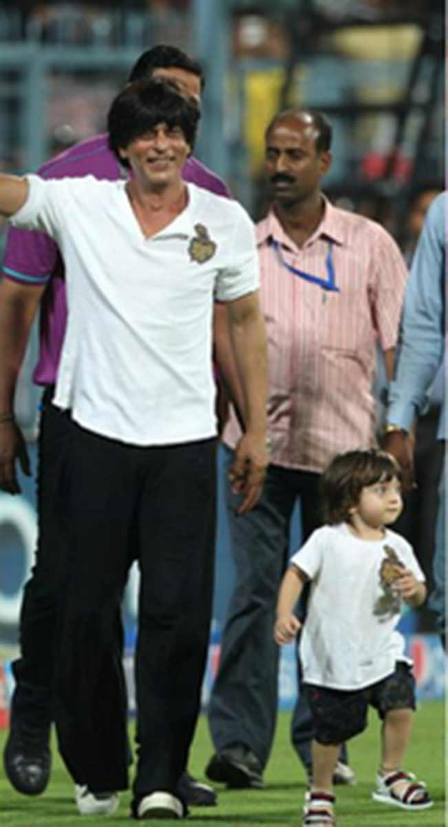 Shah Rukh Khan and Abram at IPL 2015: Check 23 adorable photographs of ...