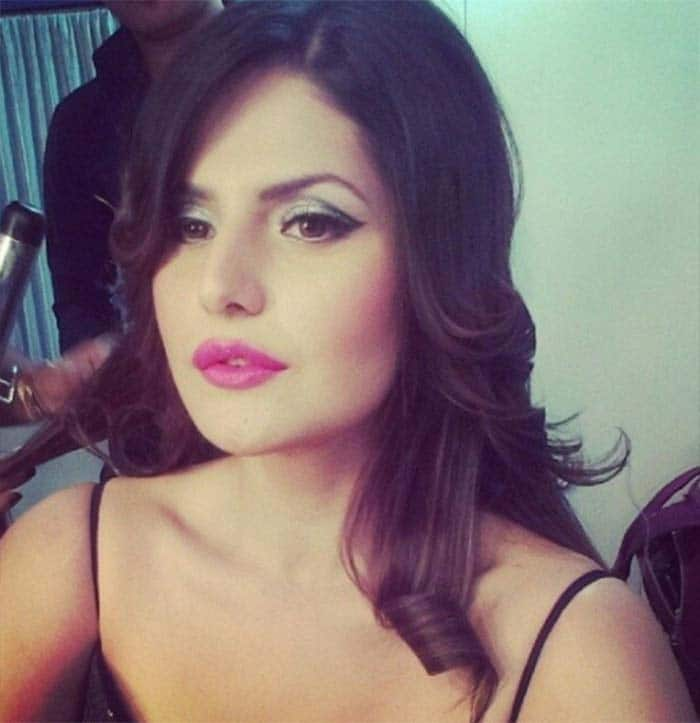 Zarine Khan's Instagram is a collage of hot photos! | Latest News ...
