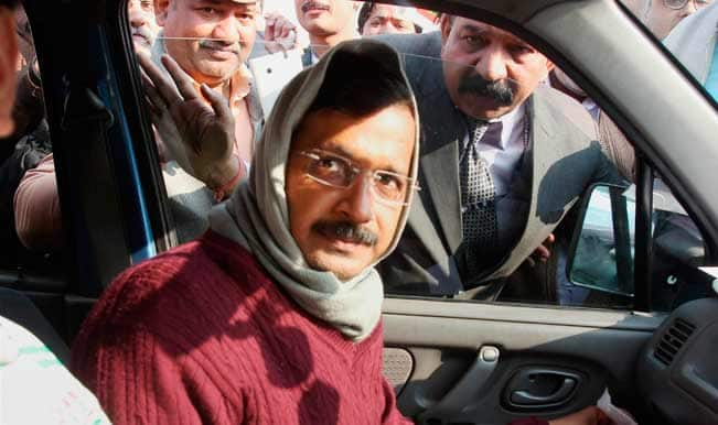 Arvind-Kejriwal-in-car