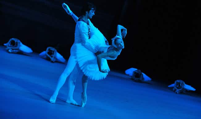 Dancers-rehearse-Swan-Lake-at-Singapore-s