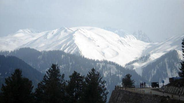Gulmarg: Coolest holiday destination in Kashmir