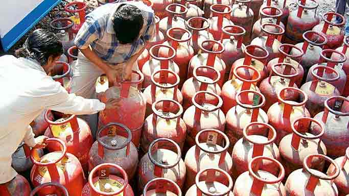 LPG connection portability scheme launched across India