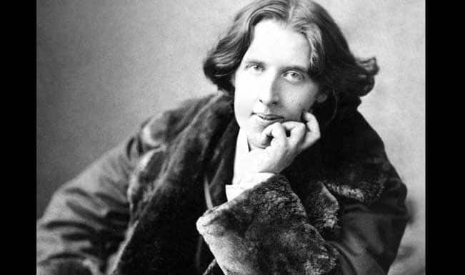 "the homosexual legacy of oscar wilde essay Éibhear walshe oscar's shadow: wilde, homosexuality and modern   significance of wilde's legacy in ireland takes its cue from an essay by alan  sinfield (""'i."
