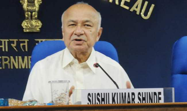 Sushil Kumar Shinde denies having said Hindu terrorism in Parliament