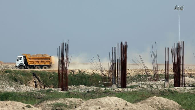 Construction-011