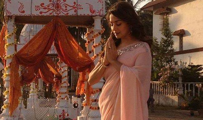 Madhuri-Dixit-Nene on Mahashivratri