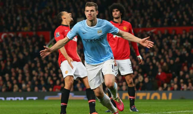 Confident Manchester City beat Manchester United 3-0 with ease to closen gap on Chelsea in EPL