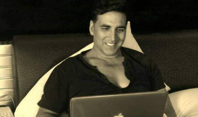 Akshay Kumar lamblasts a fan club online!