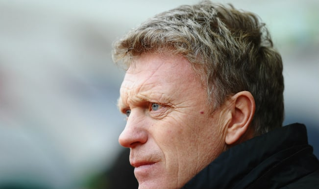 David Moyes promises improvement in a letter to Manchester United fans