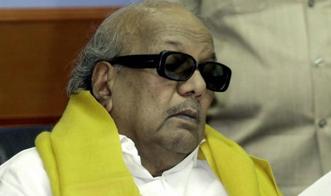 Karunanidhi praises Modi: UPA's loss is BJP's gain?