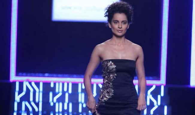 WIFW 2014 grand finale: Kangana Ranaut almost falls on the ramp!