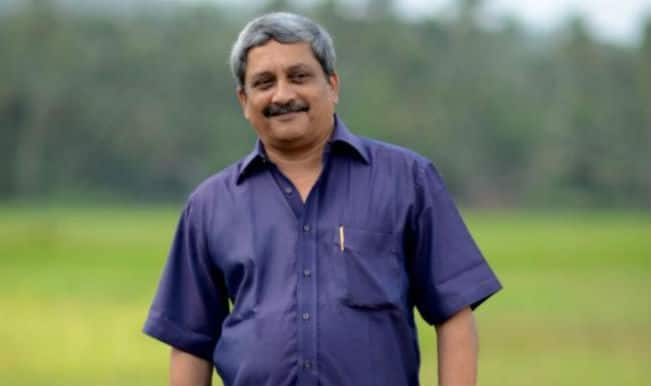 Mahohar Parrikar adopts village in Rahul Gandhi's town Amethi