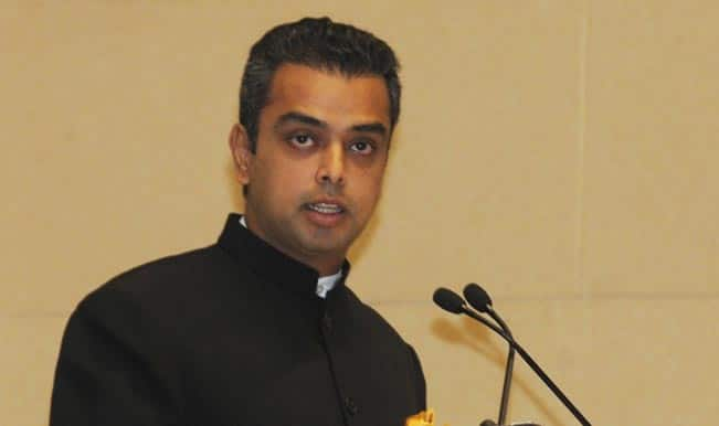 Lok Sabha elections 2014: Milind Deora faces Sena, MNS men, AAP nominee in South Mumbai