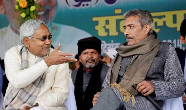 Nitish-Kumar-with-Prakash-Jha