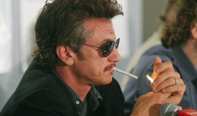 Sean Penn traded his photograph for cigarettes