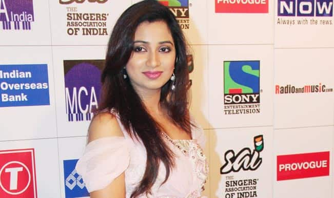 Shreya Ghoshal receives Sera Sera Bangali Award in Houston