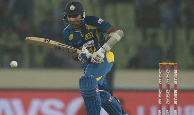 Sri-Lankan-batsman-Mahela-Jayawardene-plays-a-shot-during-the-final-match-of-the-Asia-Cup