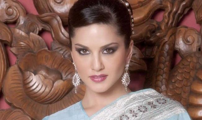 Sunny Leone's sexy Ragini MMS 2 to have the Hanuman Chalisa chant!