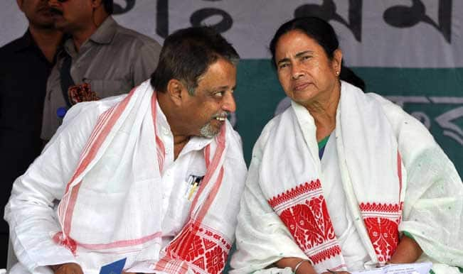West-Bengal-Chief-Minister-Mamata-Banerjee-and-Trinamool-Congress-General-Secretary-Mukul-Roy-dur
