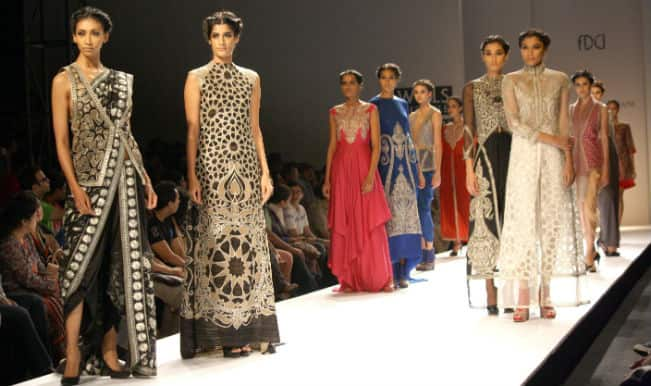 Wills Lifestyle India Fashion Week, Day 3: From Stripes to Polka Dots & More