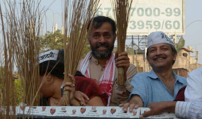 Lok Sabha Elections 2014: AAP candidate Mayank Gandhi claims he is ahead of competitors by atleast a lakh votes