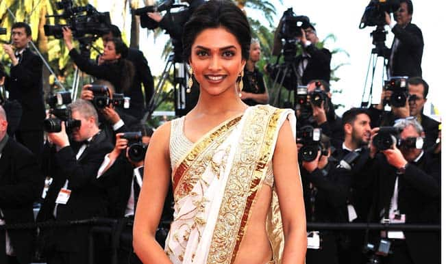 Actress-Deepika-Padukone-attend
