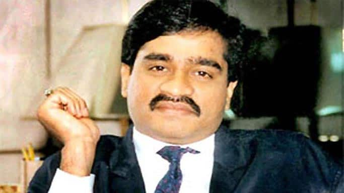 Dawood Ibrahim decides to quit his criminal activities and return to his motherland India!