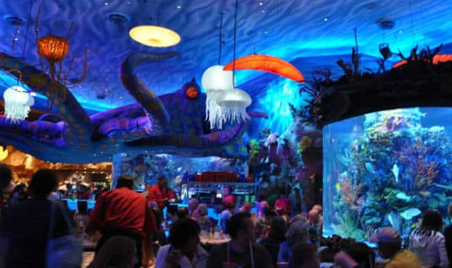 Giant fish tank bursts in a Disney restaurant, sprays water all over patrons!