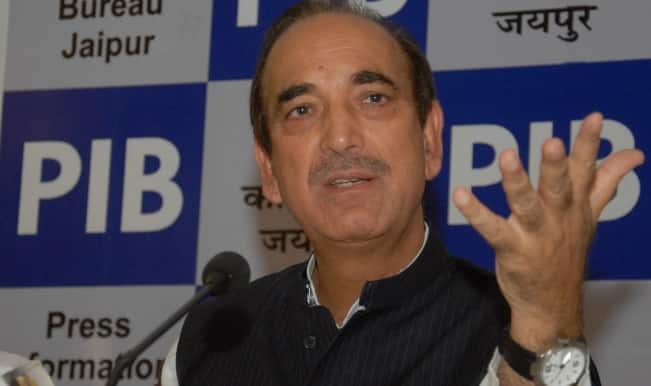'Hindus Don't Call me For Campaigning as They Are Afraid': Ghulam Nabi Azad Leaves Congress Red-faced; BJP Hits Back