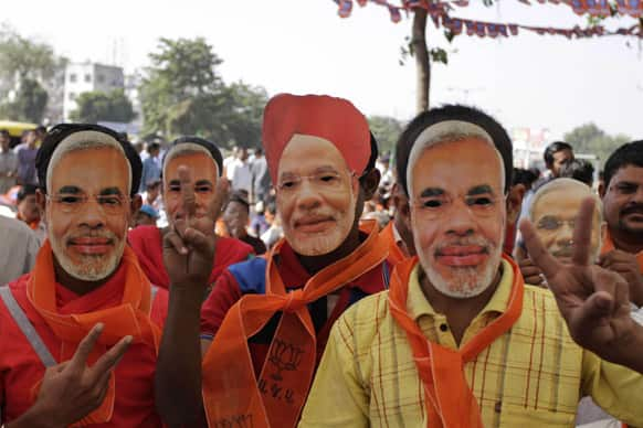 Campaigning for 89 Lok Sabha seats spread over 7 states and 2 Union Territories to end today