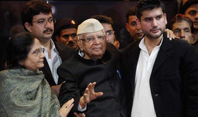 N D Tiwari accepts Shekhar as his son