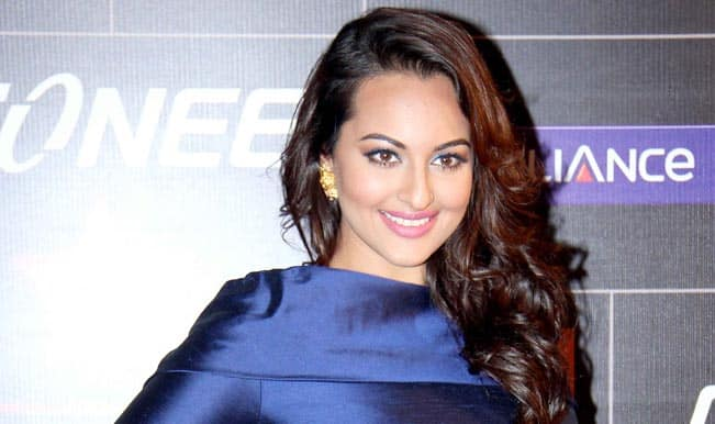 Shahid Kapoor and I are friends: Sonakshi Sinha