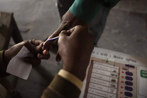 Poll official suspended in Odisha