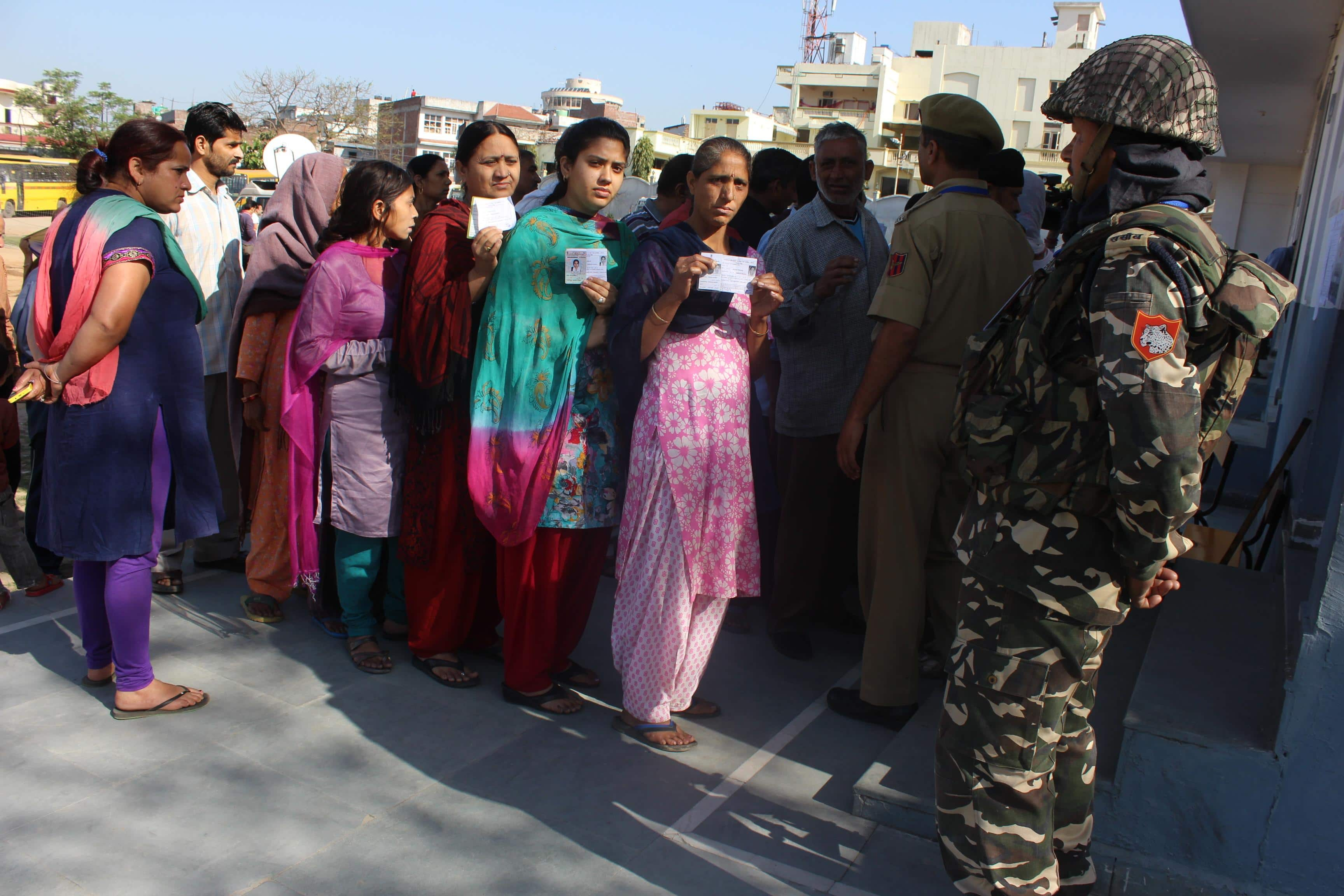 Srinagar voters to have one hour less for voting
