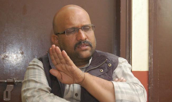 Congress' Ajay Rai violates law: Flaunts party symbol at booth in Varanasi