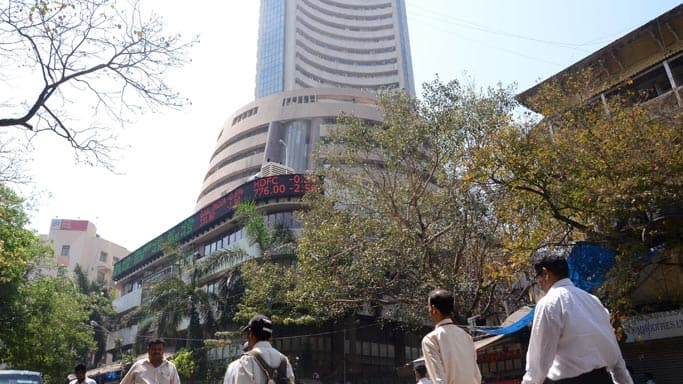 Sensex slips over 100 points; banking, oil and gas stocks drop