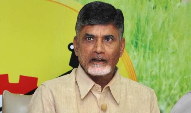 Andhra Pradesh Chief Secretary briefs Chandrababu Naidu about bifurcation process