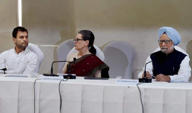 congress-president-sonia-gandhi-with-party-vice-president-rahul-gandhi-at-the-cwc-meeting-2