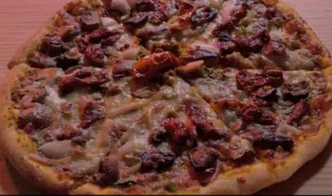 'Pizza' official trailer released: It's a scary affair!