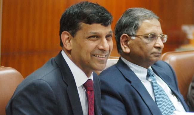 Soon, Raghuram Rajan signed banknotes