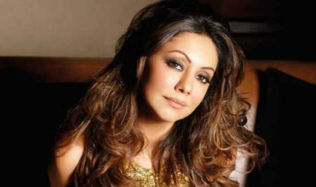<b>Gauri Khan</b> starts interior designing venture in Dubai - sizzling-sexy-gauri-khan-romantic-look-photo-shoot-bed-noblesse-magazine