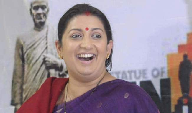 Smriti Irani: Priyanka's assistant influencing Amethi voters