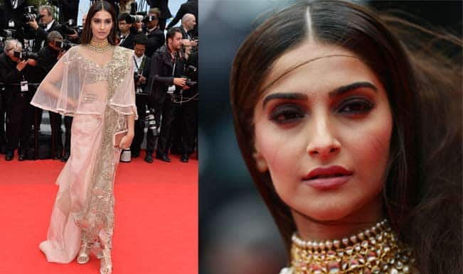Sonam Kapoor's choice to go desi at Cannes 2014 in Anamika Khanna saree gets thumbs up!