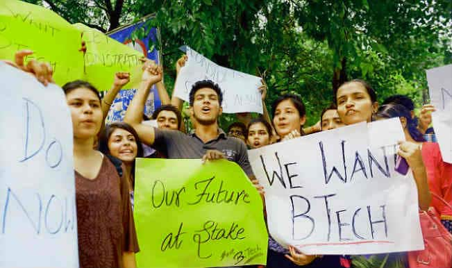 Bachelor in Management Studies students protest outside University Grants Commission office for continuation of their course in Delhi University
